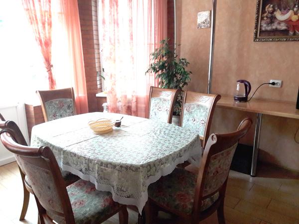 Апартаменты кухня частного дома отдыха Крым Севастополь Любимовка У натали