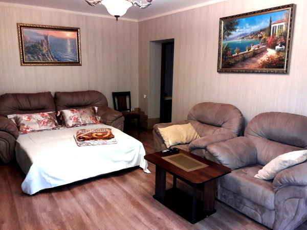 Апартаменты Любимовка частный дом отдыха У  Натали большая комната