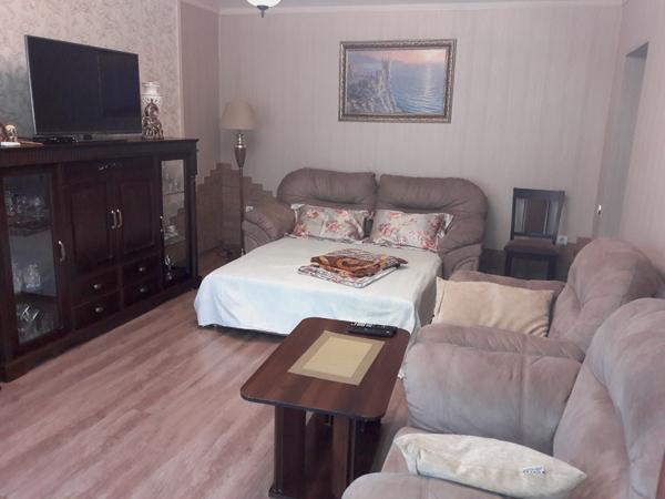 Апартаменты - большая комната спальное место У Натали