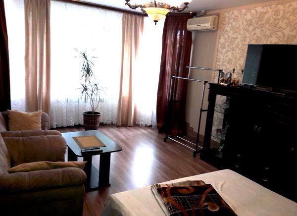 Апартаменты большая комната частного дома у Натали Крым Любимовка