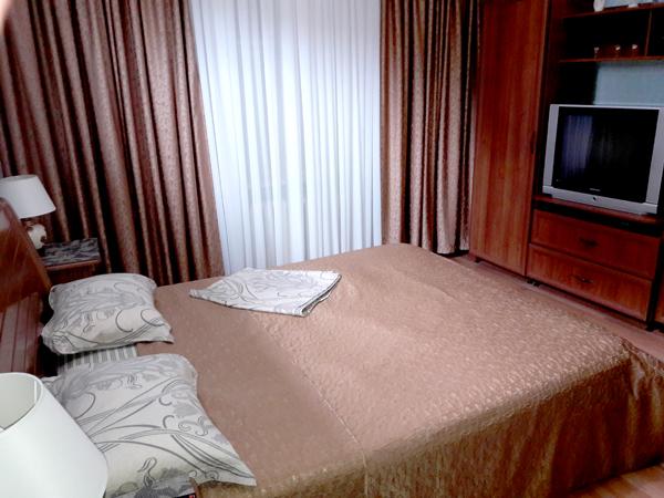 Апартаменты спальня У Натали частный дом отдыха в Крыму Любимовка Севастополь