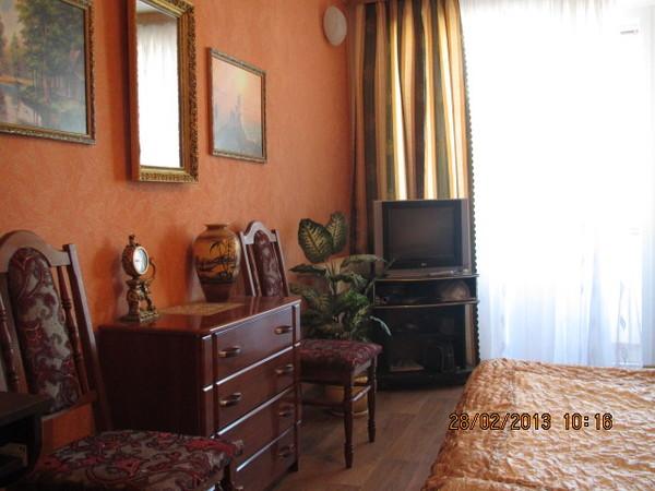 Трехкомнатная квартира в Любимовке гарнизон Севастополь