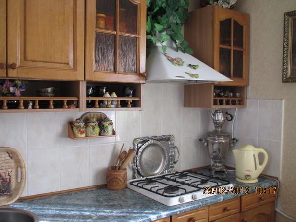 Трёх комнатная квартира в Любимовка гарнизон кухня